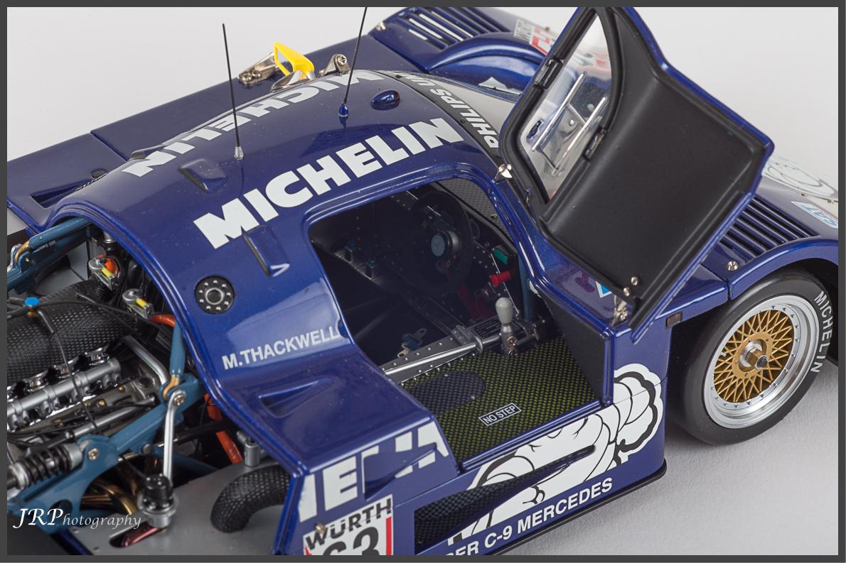 1:18 Exoto Racing Legends - Sauber Mercedes C9 x 9 - DX